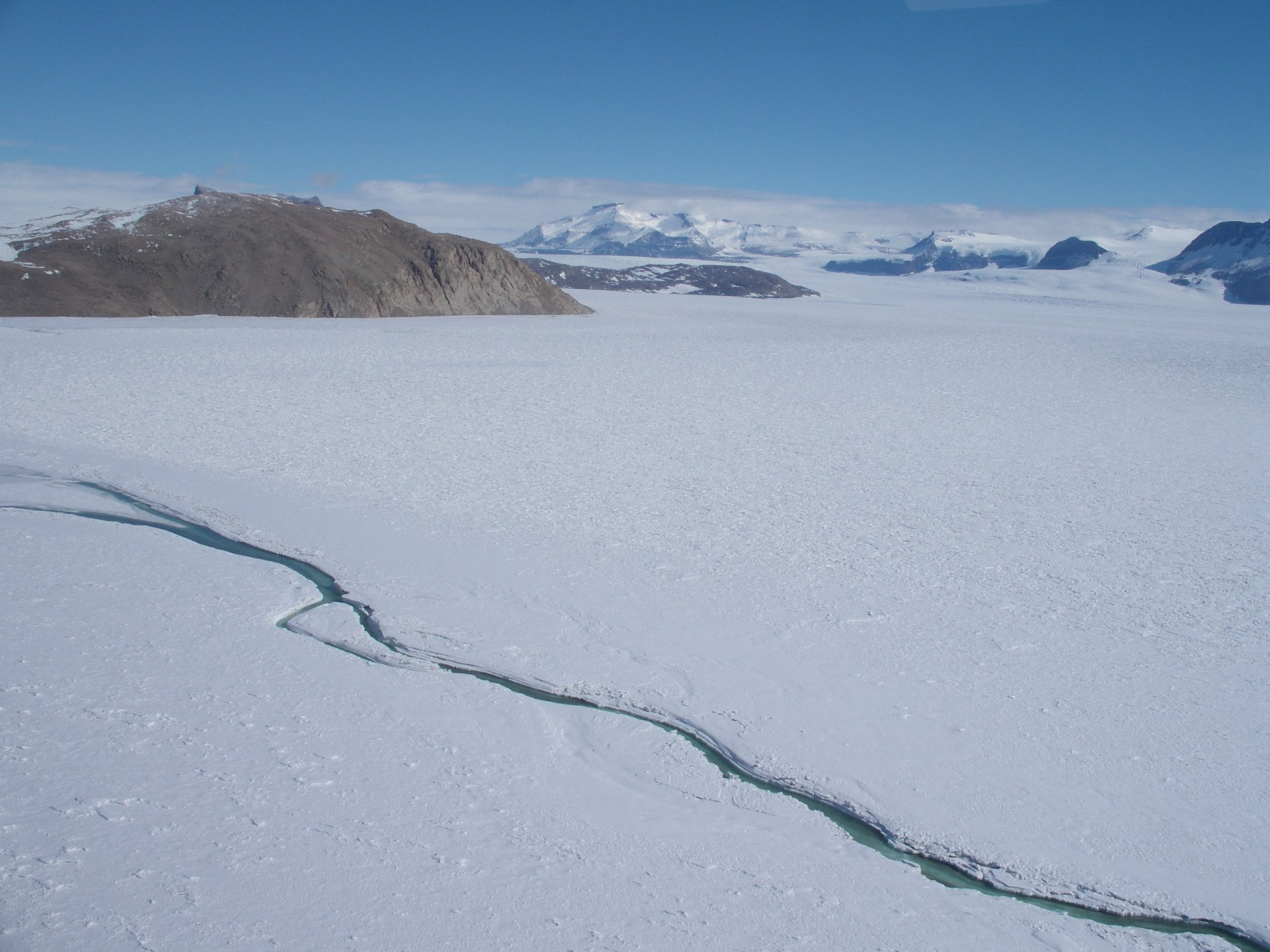 Der Cotton Glacier-Fluss in der Antarktis (Copyright C. Foreman)