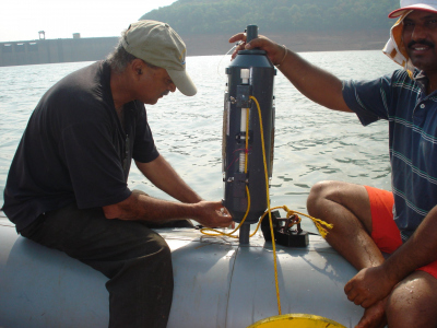Wajih Naqvi (left) sampling the Supa Dam, Karnataka, India. (Source: W. Naqvi)