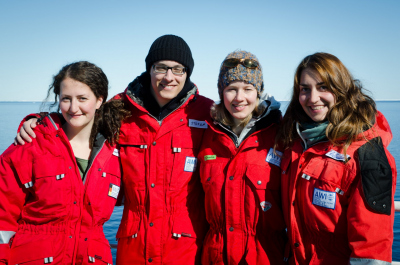 "The ""Benthic Microbiology""-team on Polarstern expedition PS85 to the Arctic long-term observatory HAUSGARTEN. Josephine Rapp (far left), Christina Bienhold (second from right) and Katy Hoffmann (far right) are co-authors of the study, Stefan Becker (second from left) supported the sampling. (© S. Becker)"